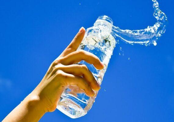 Kesalahan dalam Mengonsumsi Air Putih yang Belum Diketahui oleh Banyak Orang