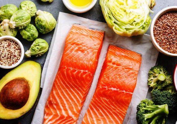 Jenis Makanan Sehat yang Perlu Dikonsumsi Setiap Hari untuk Mendukung Kesehatan Tubuh